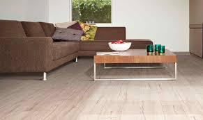 Oak Laminate Floors Balterio Tradition Quattro 9mm Coral White Oak Laminate Flooring 932