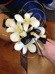 Black And White Corsage Black And Gold Corsage Prom Corsage Prom Pinterest