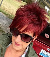 hairstyles for glasses for women in forties 78 gorgeous hairstyles for women over 40