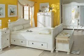 Schlafzimmer Welches Holz Landhausbett So Einzigartig Wie Sie Selbst Massiv Aus Holz