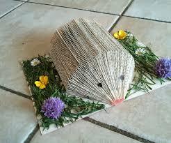 make a hedgehog with a book