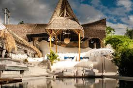 gravity hotel uluwatu bali hotels pinterest resorts