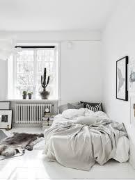 37 minimalist small bedroom with monochromatic color scheme