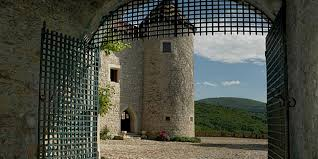chambre hote geneve séjour en gîte au chateau de pelly haute savoie 74