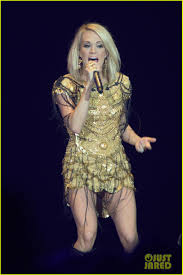 country music festival in london 2016 carrie underwood singer