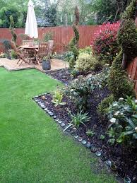 Ideas For Your Backyard 17 Simple And Cheap Garden Edging Ideas For Your Garden