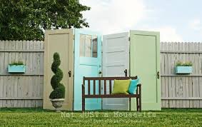 Outdoor Screen House by Remodelaholic 100 Ways To Use Old Doors