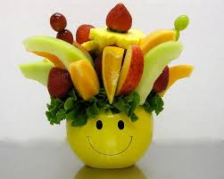 beautiful and delicious edible fruit baskets farmhouse design