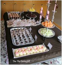 the partiologist baby shower table decor