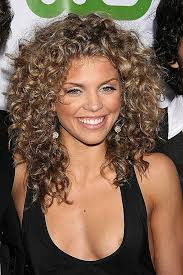 medium hairstyles for hispanic curly hairstyles new hispanic curly hairstyles hispanic curly