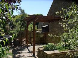 Pergola Ideas Uk by What U0027s The Difference Between A Pergola An Arbour And A Gazebo