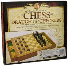house of marbles deluxe wooden chess u0026 draughts set amazon co uk