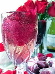 glass roses cabernet sauvignon and chardonnay petal wine cubes