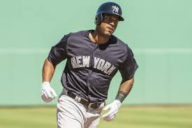 aaron hicks placed on 10 day dl with intercostal muscle injury
