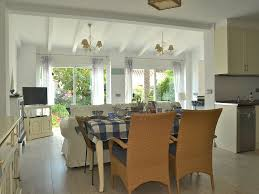 s15183 relax u0026 unwind in this beautiful beachside villa 8062068