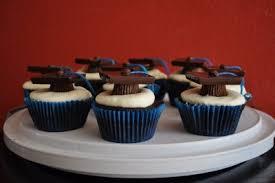 graduation cupcake ideas graduation cap cupcake idea recipe kara s party ideas the