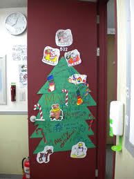 backyards ideas about christmas door decorating contest