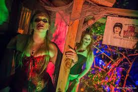 halloween festival midsummer scream debuts in july halloween