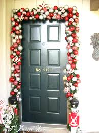 how to put garland around your front door designs