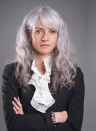 looking with grey hair 726 best my gray hair images on pinterest hairstyles