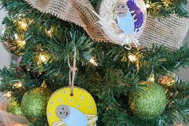diy baby jesus wood slice ornament by the littles me