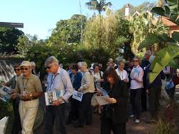 Botanical Gardens Volunteer by First Climatewatch Trail For The East Coast At The Royal Botanic
