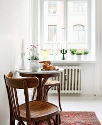 small dining rooms use of space in a small dining room