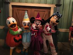 mickey u0027s not so scary halloween party 2016 photo report