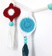 crochet retro ornament garland lou