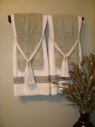 Decorate Bathroom Towels Best 25 Decorative Bathroom Towels Ideas On Pinterest Towel