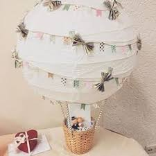 kleine hochzeitsgeschenke rückmeldung bastelanleitung heißluftballon als geldgeschenk