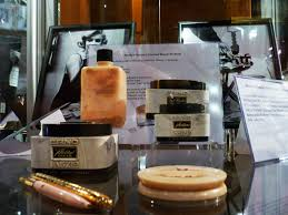 12305 fifth helena drive brentwood ca marilyn monroe makeup how to step by step tutorial erno laszlo