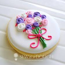 Decorating With Royal Icing 173 Best Flower Cookies Images On Pinterest Decorated Cookies