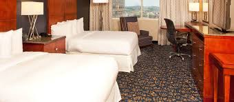 two bedroom suites nashville tn doubletree nashville downtown tennessee hotel