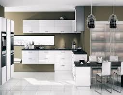 cuisine mur taupe cuisine blanche 20 idées déco pour s inspirer cuisine blanche