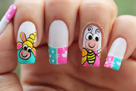 decoracion de uñas caricatura abeja bee nail art uñas