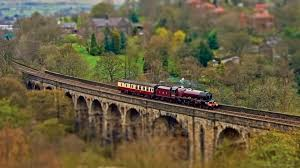 focus tag wallpapers miniature steam train bridge fancy red old