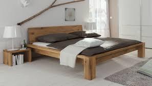 Schlafzimmer Betten G Stig Unglaublich Rustikale Betten Bett Aus Altholz Rustikal