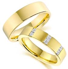 wedding gold rings yellow gold men wedding rings the wedding specialiststhe wedding