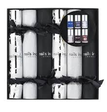 nails inc christmas crackers collection amazon co uk beauty