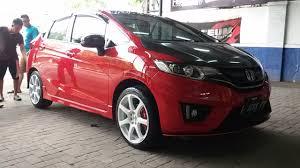 mobil honda modifikasi mobil honda jazz rs warna merah jual velg mobil surabaya