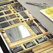 amenagement tiroir cuisine les rangements de cuisine avec un tiroir intelligent tout est a sa