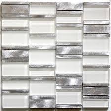 cuisine alu et bois mosaique en aluminium et carrelage pas cher et en stock