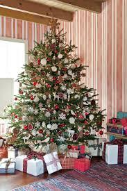 fashioned christmas tree fashioned christmas tree branches of fashioned tree