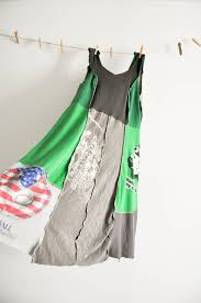 Upcycle Old Tshirts - use old tshirts and alabama chanin pattern to make upcycled dress