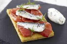 cuisine marseillaise recettes recette de bruschetta de panisse sardines et tomates confites