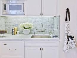 Wallpaper For Backsplash In Kitchen Charming Vinyl Quatrefoil Kitchen Backsplash Design Inspiration In