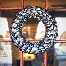 90 best coastal wreaths images on seashell wreath