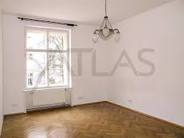 apartment with garage rent of nice unfurnished two bedrooms apartment with garage