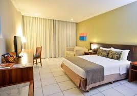 spacious lobby with sitting area foto de comfort suites vitoria